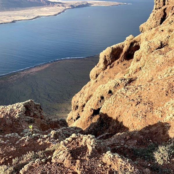 Mirador del Río Felsen hoch