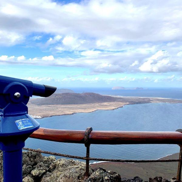 Mirador del Río Fernglas Aussichtspunkt Lanzarote