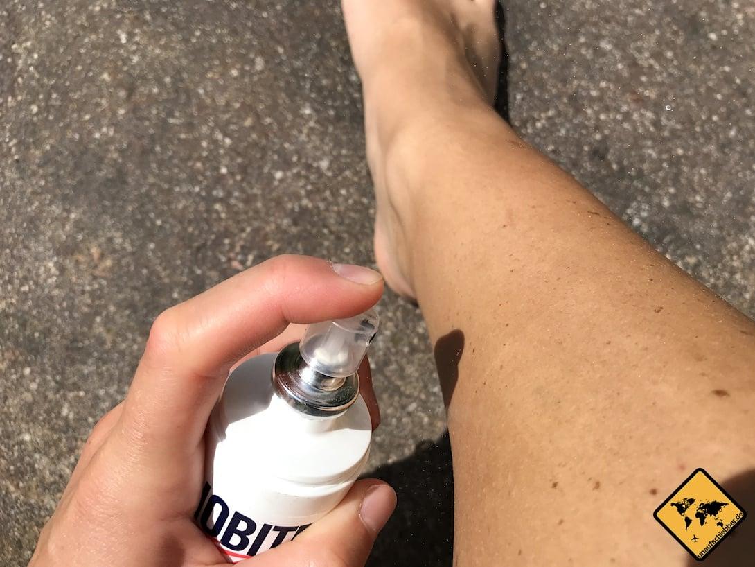 Mückenschutz Test: Während des Auftragens auf die Haut ist der Geruch bei allen 4 Mückensprays am intensivsten