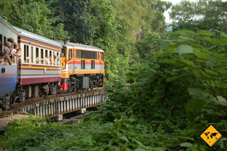 Nordthailand Rundreise Zugfahrt Phitsanulok
