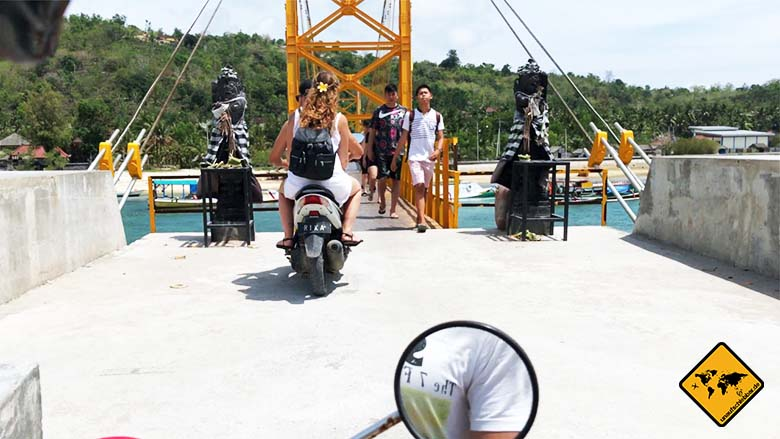 Nusa Ceningan Yellow Bridge