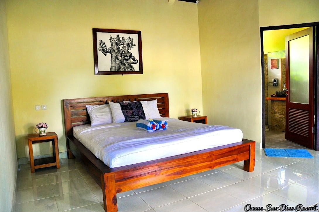 Ocean Sun Dive Resort Tulamben Bali Zimmer