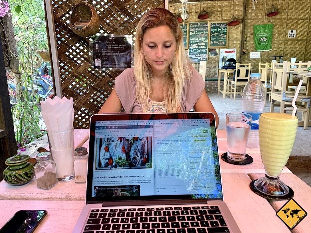 Online Job Blogger