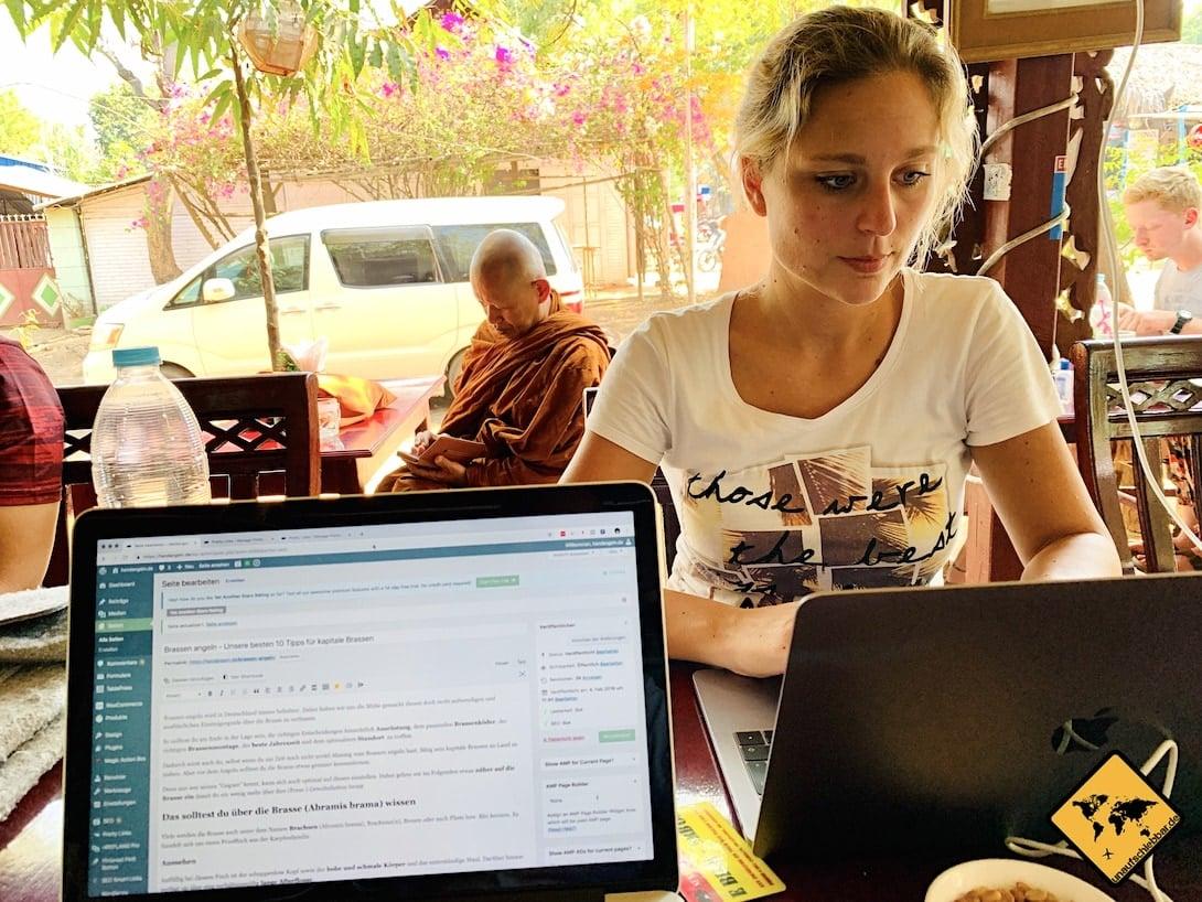 Online Jobs Arbeiten im Café Myanmar