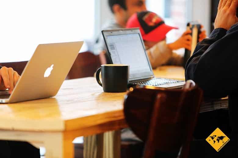 Ortsunabhängig arbeiten Jobs virtueller Blogger