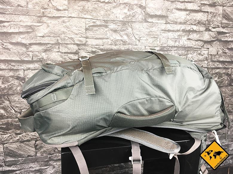 Osprey Farpoint 55 Test Reiserucksack seitliche Ansicht