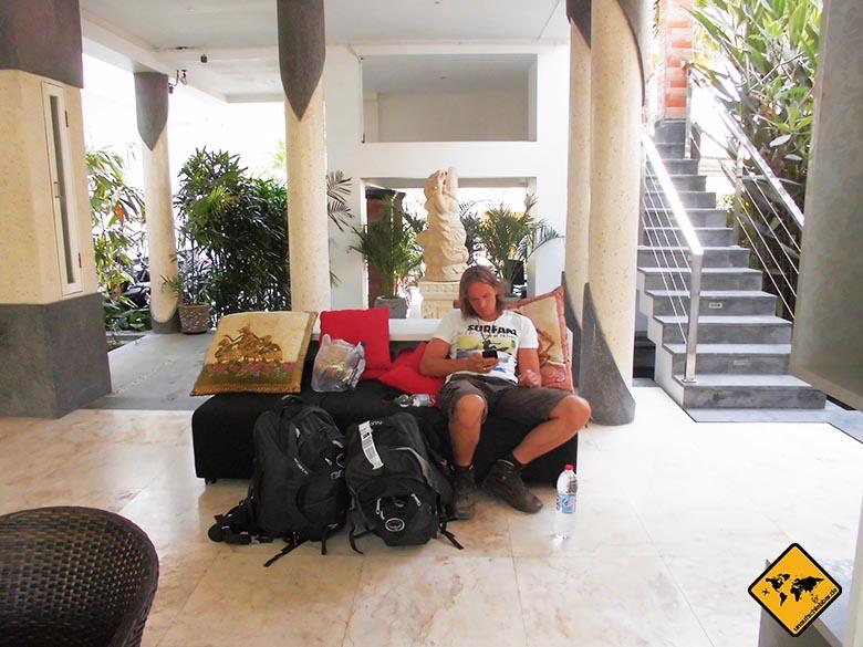 Osprey Farpoint 70 Test Bali Lobby Echo Beach