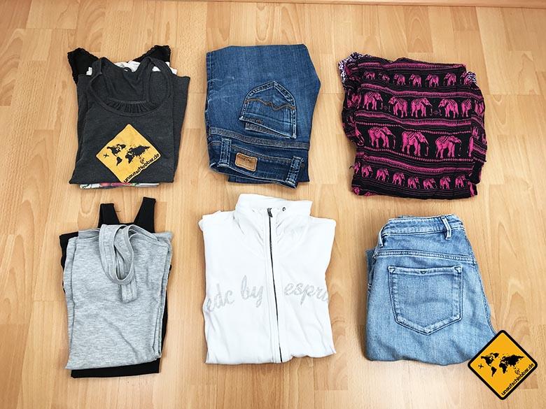 Packliste Thailand Frau Kleidung