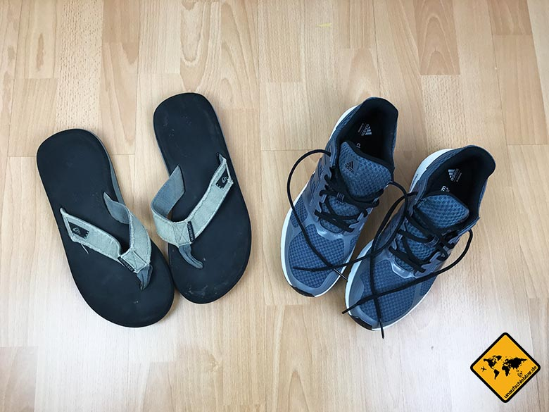 Packliste Urlaub Schuhe Mann