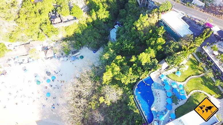 Padang Padang Beach Bali Hotelpool