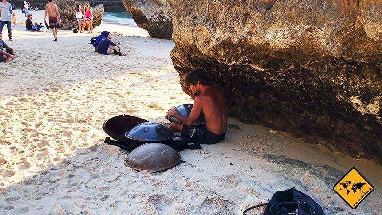 Padang Padang Beach Bali Musik
