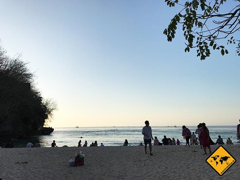 Padang Padang Strand Sonnenuntergang voll