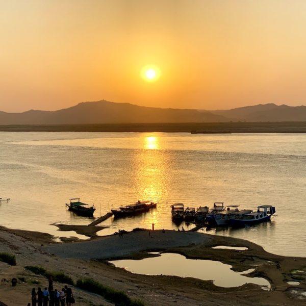 Pagode Bu Paya Bagan Sonnenuntergang Irrawaddy River