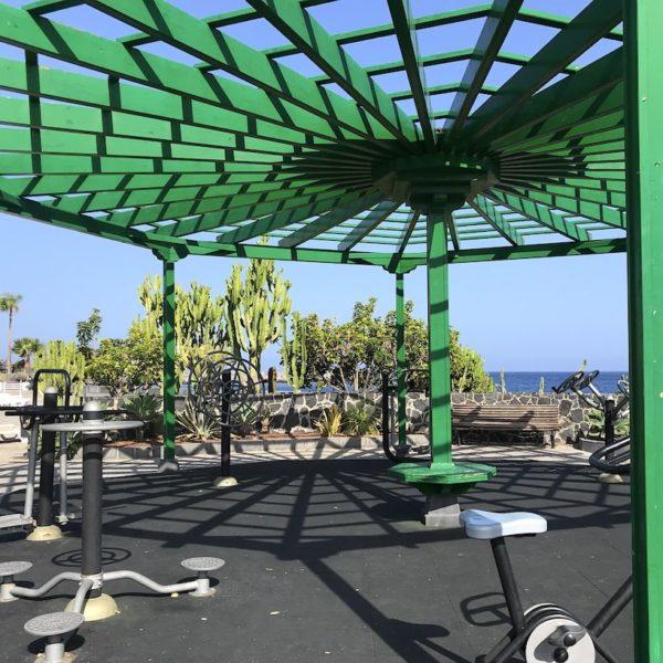 Parque Marítimo Santa Cruz Fitnessraum