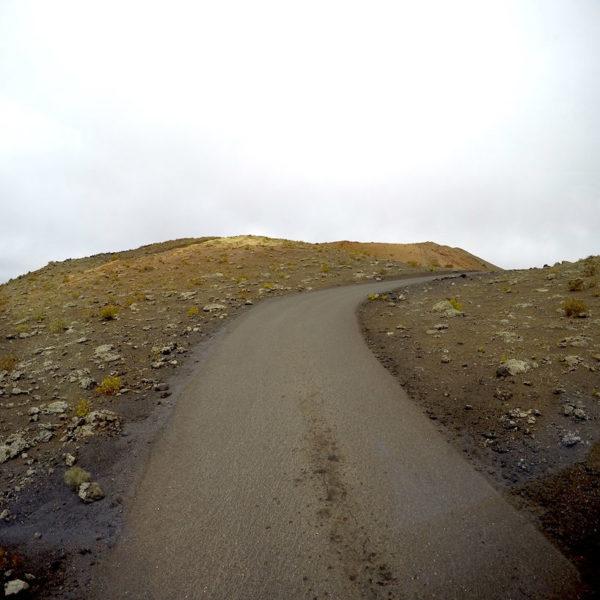 Die Wege innerhalb des Parque Nacional de Timanfaya sind nur mit dem Bus passierbar