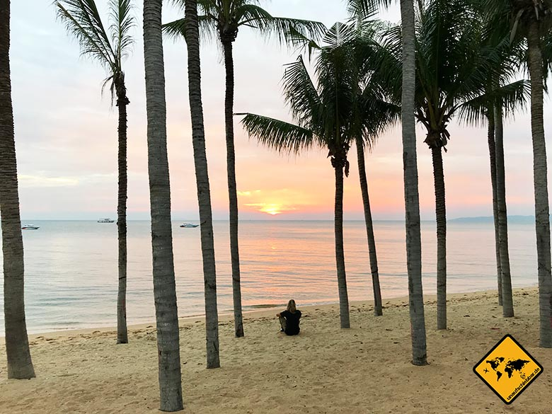Pattaya Beach Palmen Sonnenuntergang