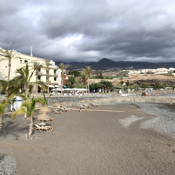 Playa San Juan Teneriffa schwarzer Sand