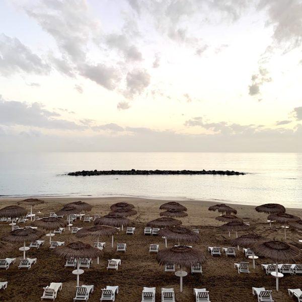 Playa del Duque mittlerer Abschnitt Liegen