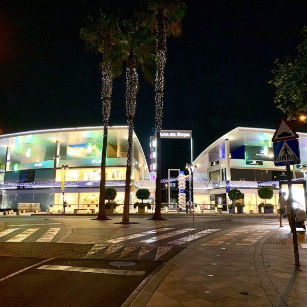 Plaza del Duque Teneriffa Abend Beleuchtung