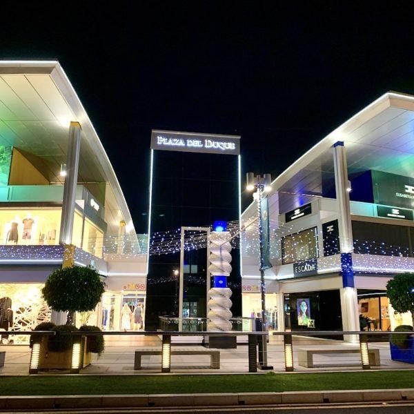 Plaza del Duque Teneriffa Costa Adeje Abend