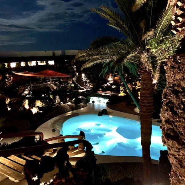 Pool Abend Ambiente Jameos del Agua Lanzarote