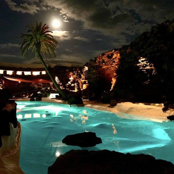 Pool Jameos del Agua Abend