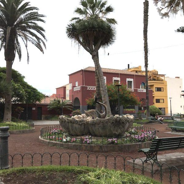 Puerto de la Cruz Plaza de la Iglesia