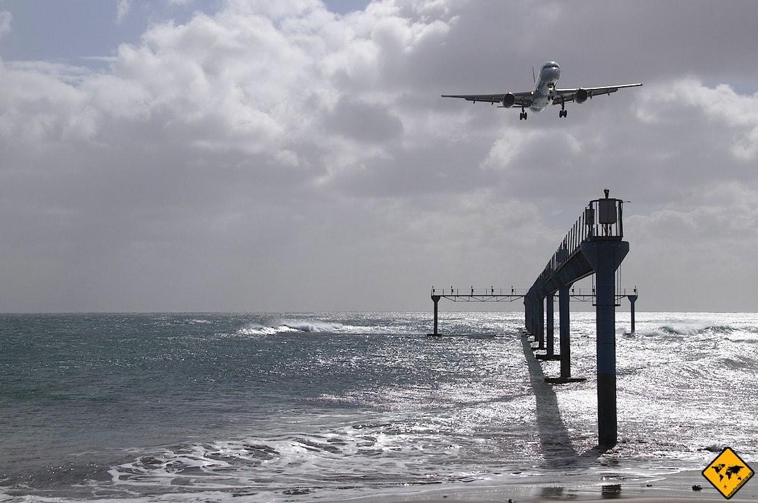 Puerto del Carmen Flugzeug Lanzarote