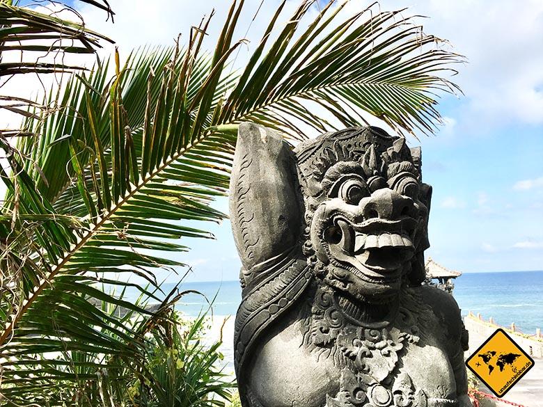 Pura Batu Bolong Tempel Statur