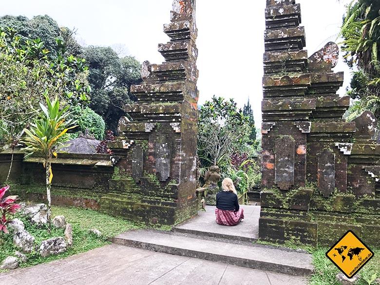 Pura Luhur Batukaru Tempel Meditation