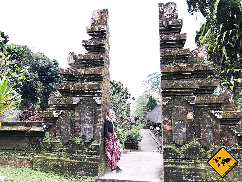 Pura Luhur Batukaru Tempel gespaltenes Tor