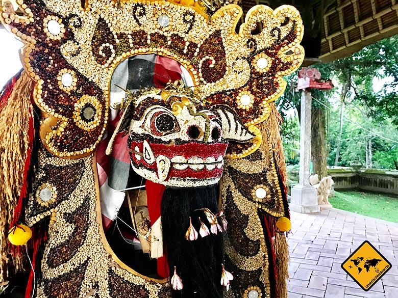 Pura Taman Ayun Temple Barong Figur