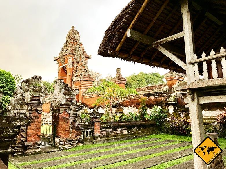 Pura Taman Ayun Temple Eingangstor seitlich