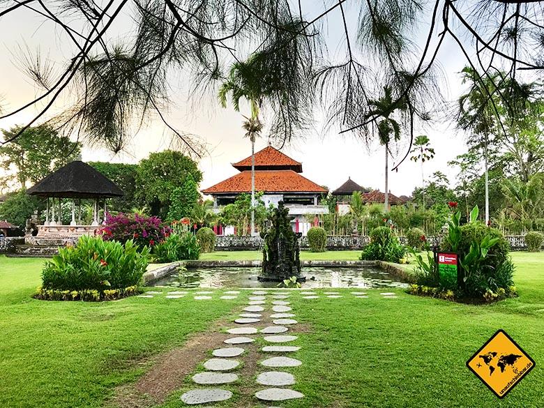 Pura Taman Ayun Temple Park