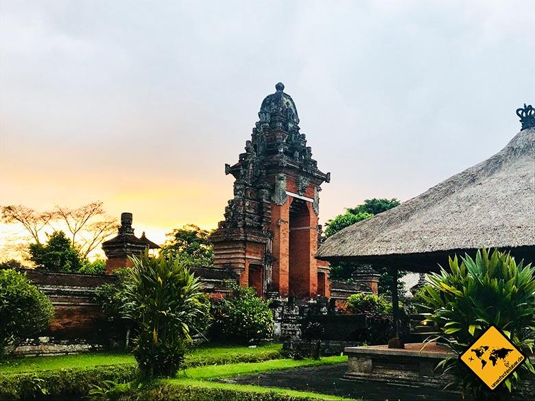 Pura Taman Ayun Temple Tor Innensicht