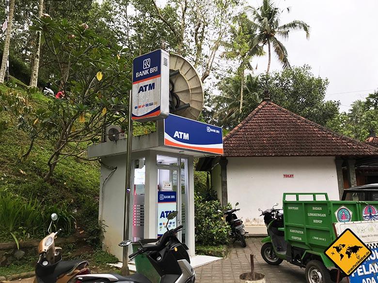 Pura Tirta Empul Bali ATM