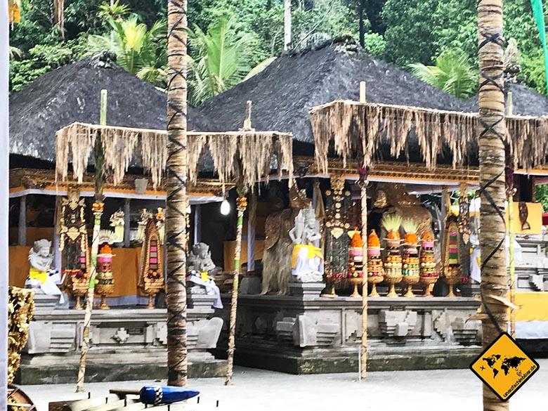 Pura Tirta Empul Temple Innenbereich