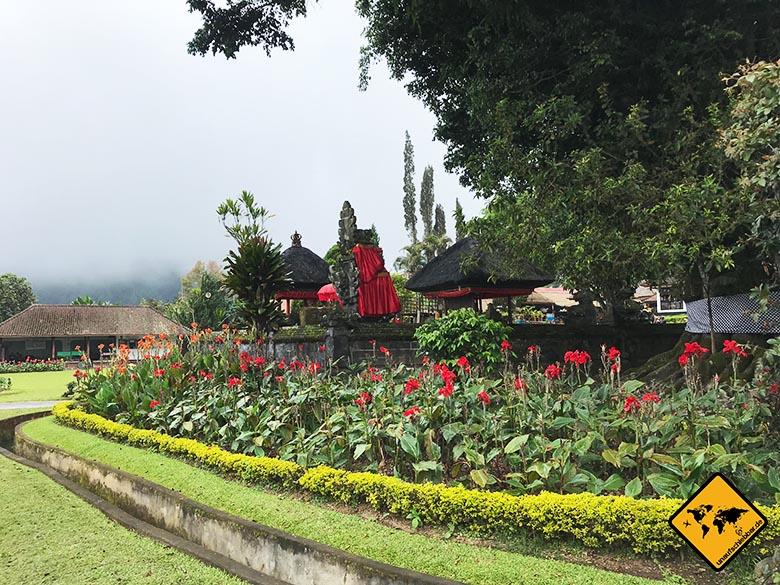 Pura Ulun Danu Bratan Temple Blumen Park