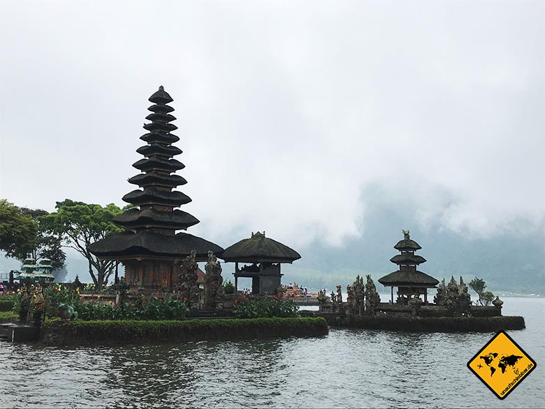 Pura Ulun Danu Bratan Temple mystisch