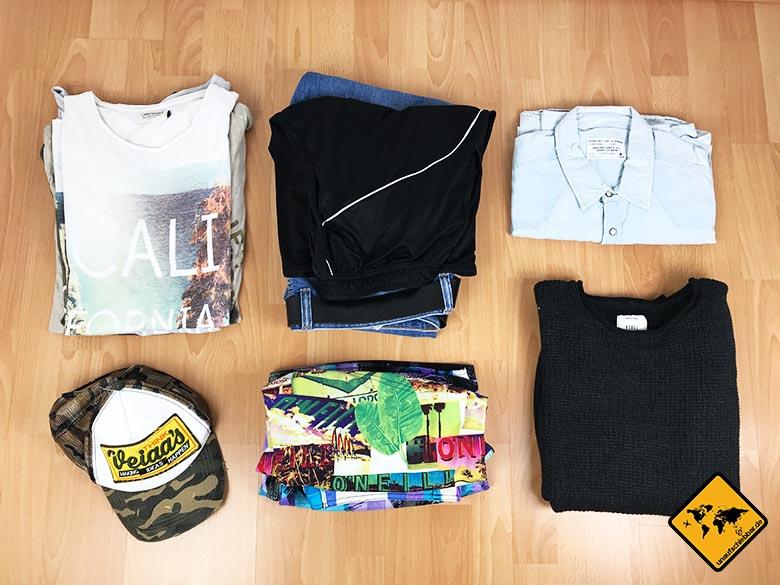 Reise Liste Mann Kleidung