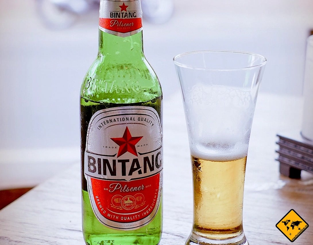 Bintang Bier ist auf Bali das beliebteste Alkoholgetränk. Auch ohne offizielle Promille-Grenze solltest du danach besser nicht mehr fahren.