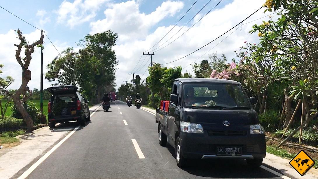 Mit Polizeikontrollen wirst du auf Bali die meiste Zeit über keine Probleme haben. Nur rund um Denpasar ist die Polizei häufig aktiver.