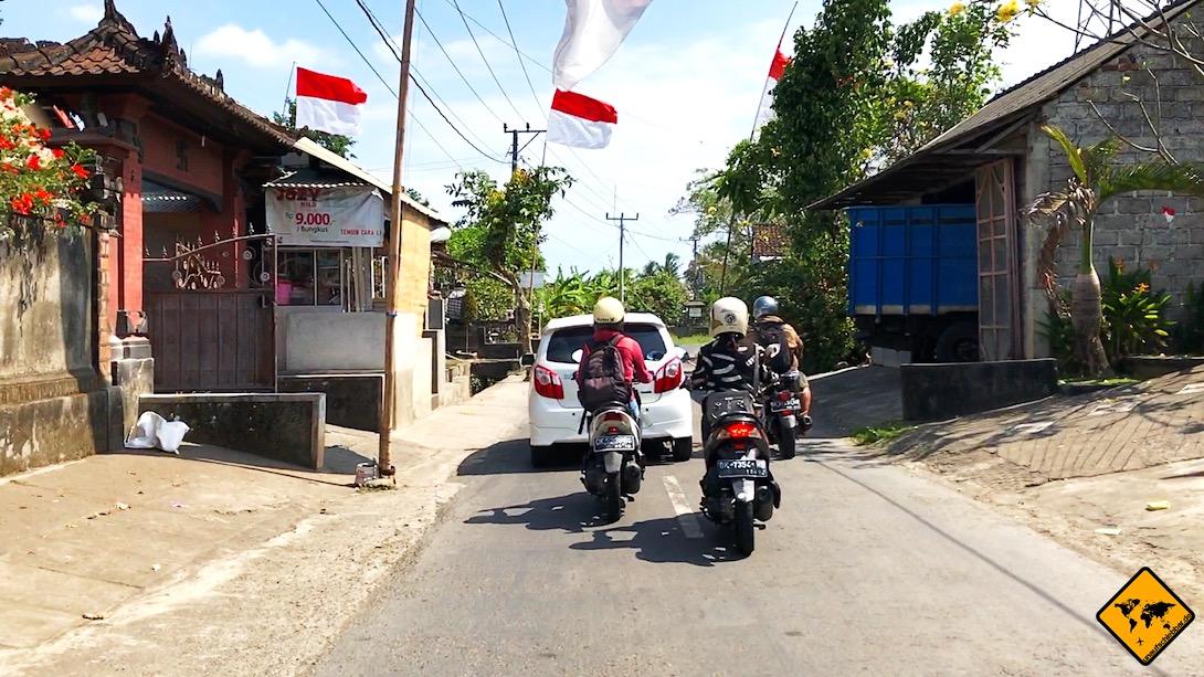 Auf Bali ist es normal zu verhandeln. Daher kannst du auch beim Roller mieten auf Bali oftmals noch ein paar IDR sparen.