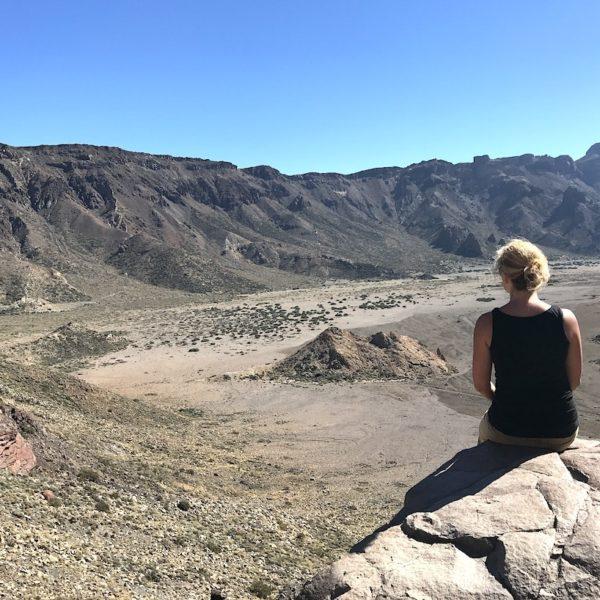 Roques de García wandern auf Teneriffa Aussicht Kratertal