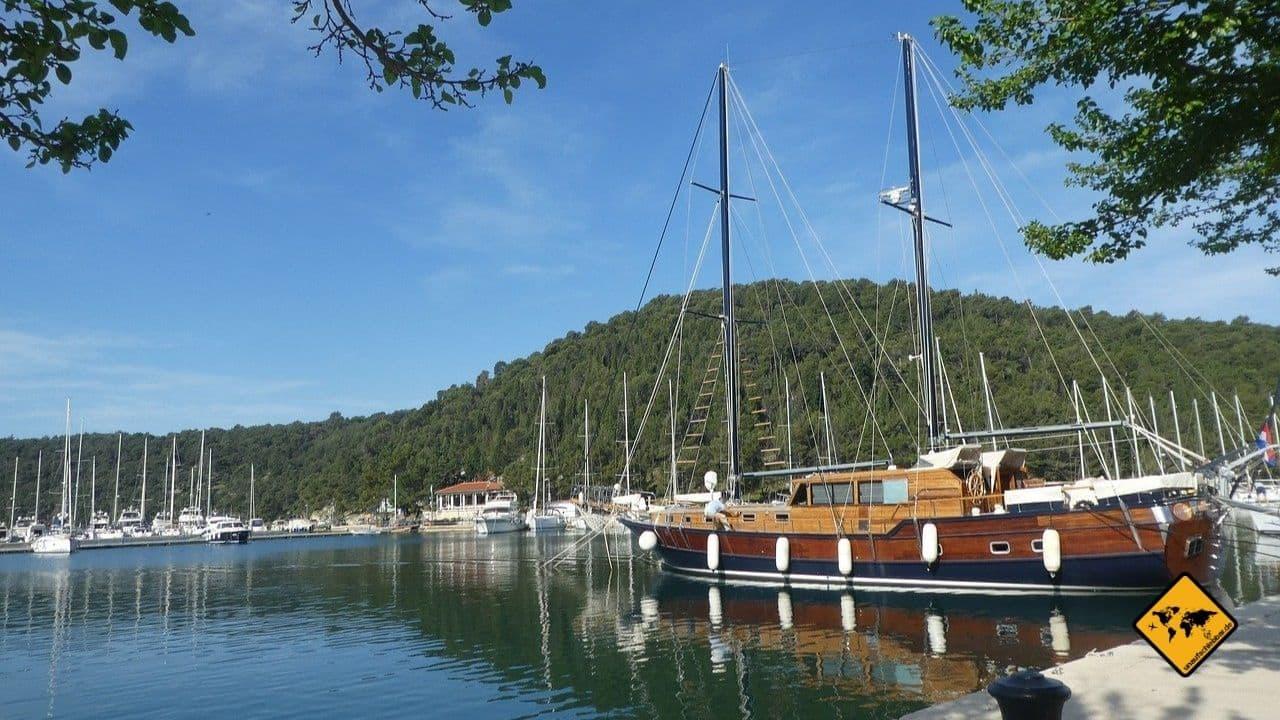 Šibenik Kroatien Boot mieten