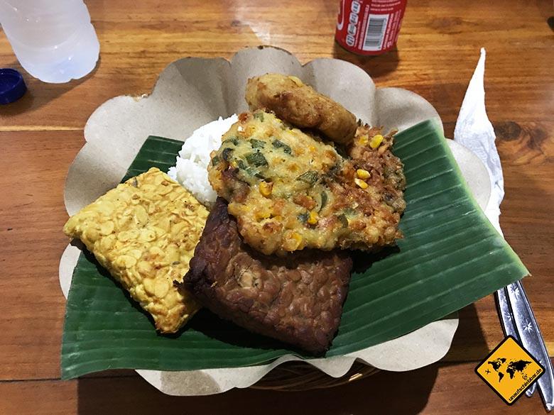Sakha House Bali Warung Tipp
