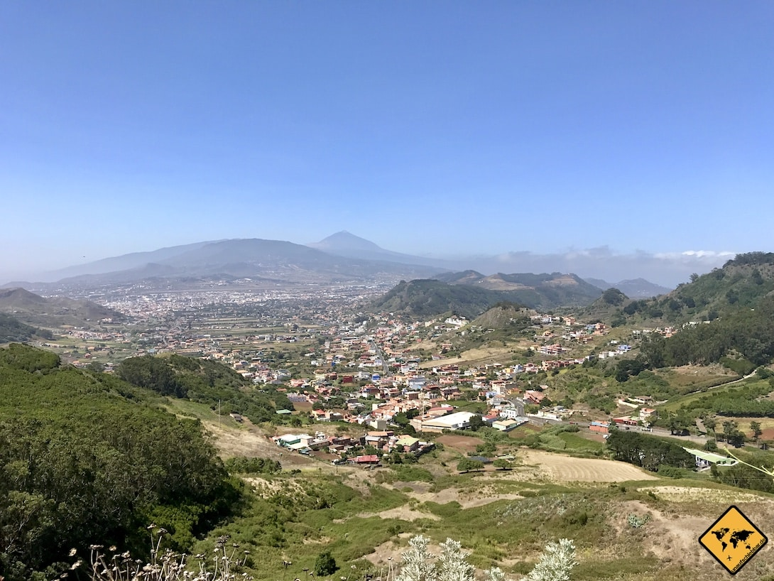 Blick vom Aussichtspunkt Mirador de Jardina auf San Cristóbal de la Laguna Teneriffa