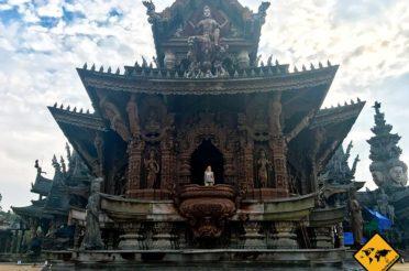 Sanctuary of truth Temple Pattaya – Holzkunstwerk der Superlative