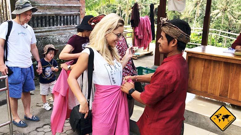 Sarong Goa Gajah Temple Bali