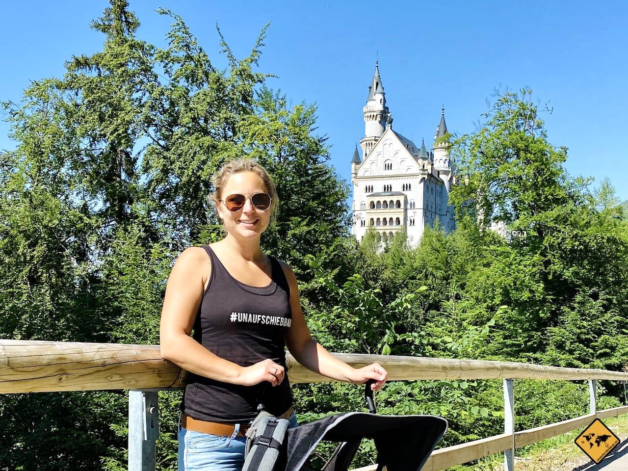 Schloss Neuschwanstein mit Kinderwagen
